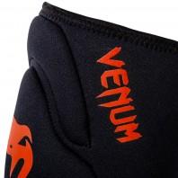 Наколенники Venum Kontact Gel Black/Red (пара)