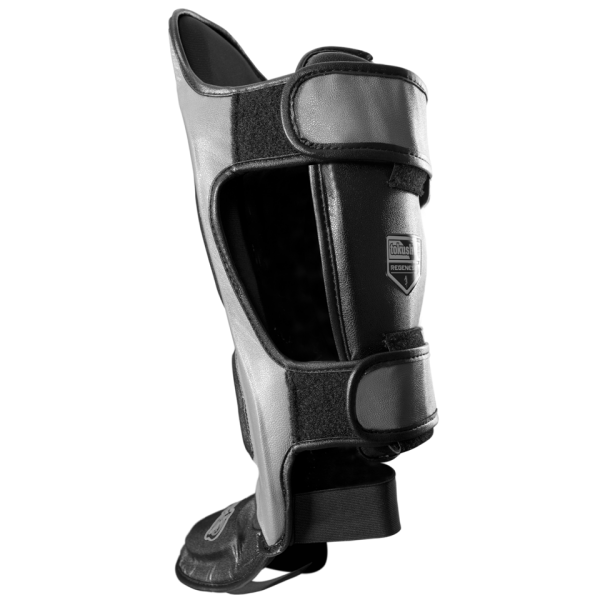 Щитки Hayabusa Tokushu® Regenesis Striking Shin Guards