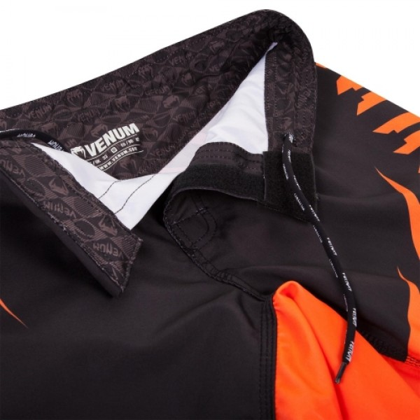 Шорты ММА Venum Challenger Fightshorts - Black/Neo Orange