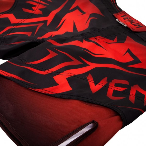 Шорты ММА Venum Shadow Hunter Fight Short - Black/Red