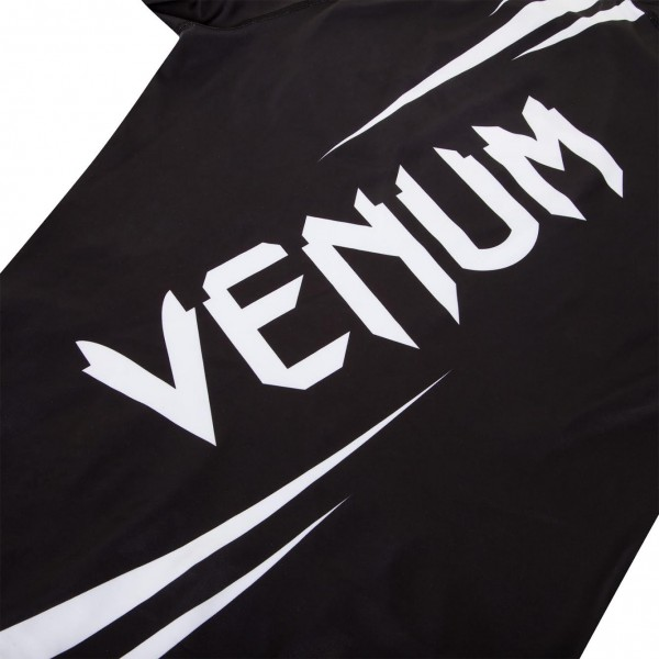 Рашгард Venum Challenger Rashguard - Short Sleeves Black/White