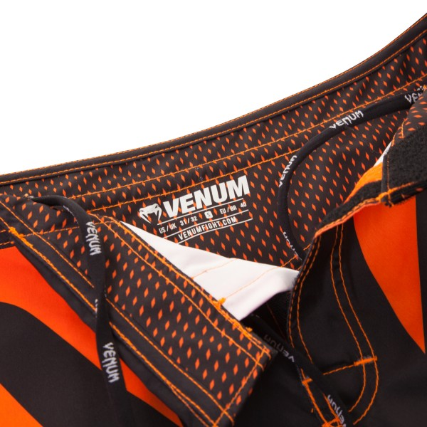 Шорты ММА Venum Hurricane Fight Short - Black/Neo Orange