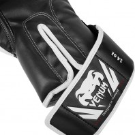 Перчатки боксерские Venum Challenger 2.0 Black/White