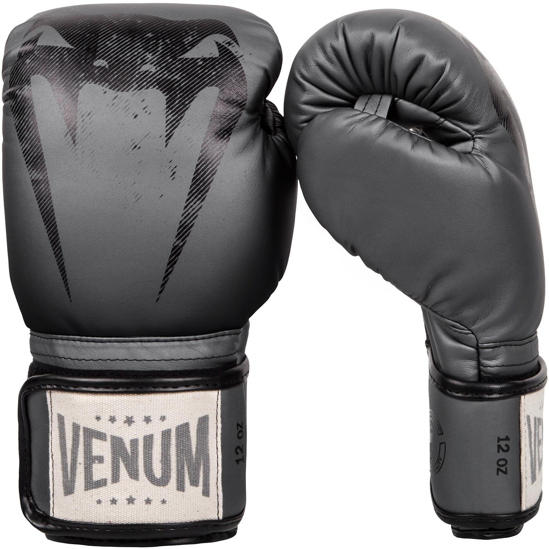 Перчатки боксерские Venum Giant Sparring Grey<br>Вес кг: 500.00000000;